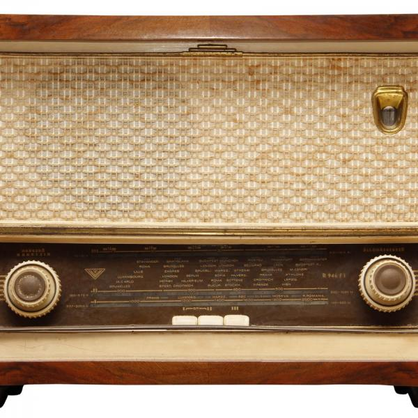 'How We Listen Shapes How We View the World': The Radio Drama in Post-WWII Germany