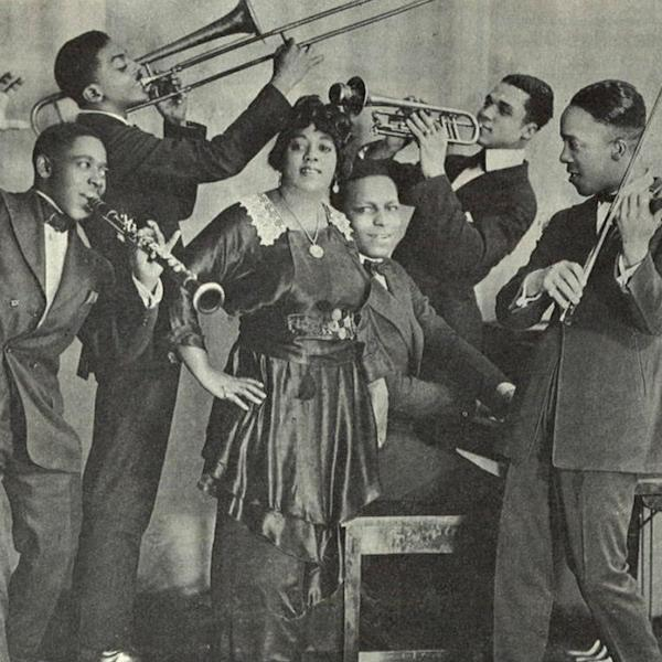 Blackface Broken Records: On the Eve of the Blues Feminist Experiment